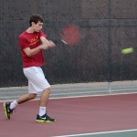 Men's tennis goes 4-2 over the weekend